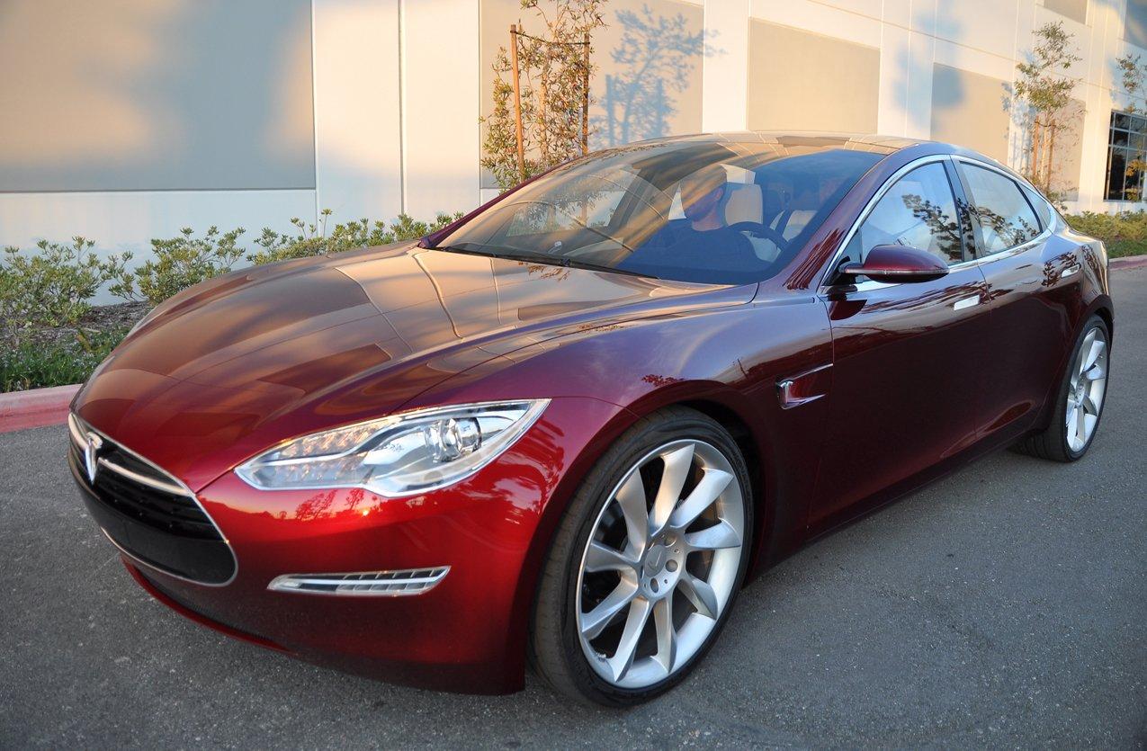Электрокар Tesla Model S превысил плановый запас хода — ДРАЙВ