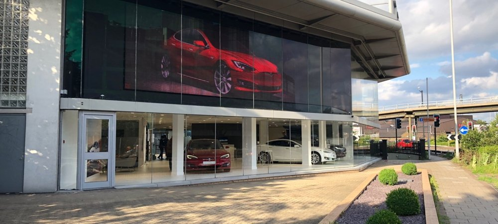 tesla retail london